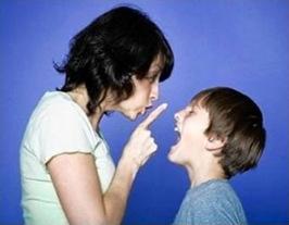 parent-shushing-kid